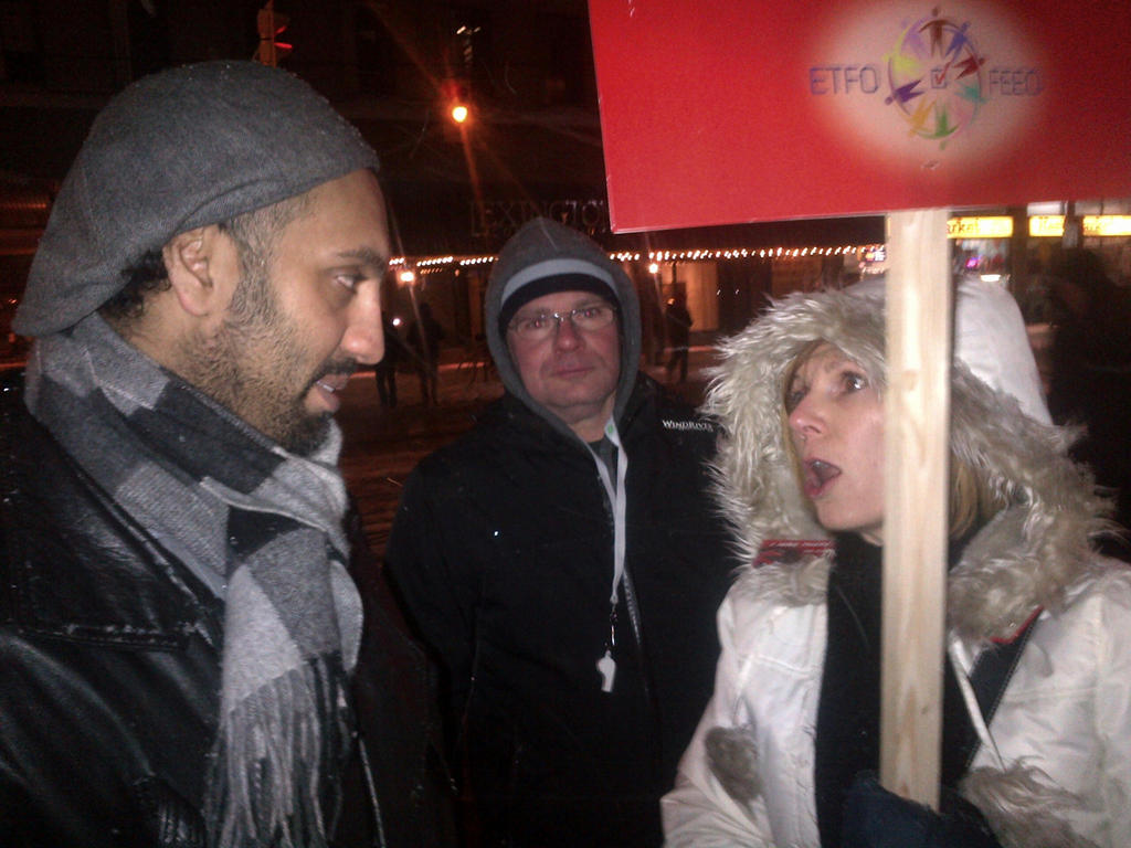 Omar Ha-Redeye speaking to protester1